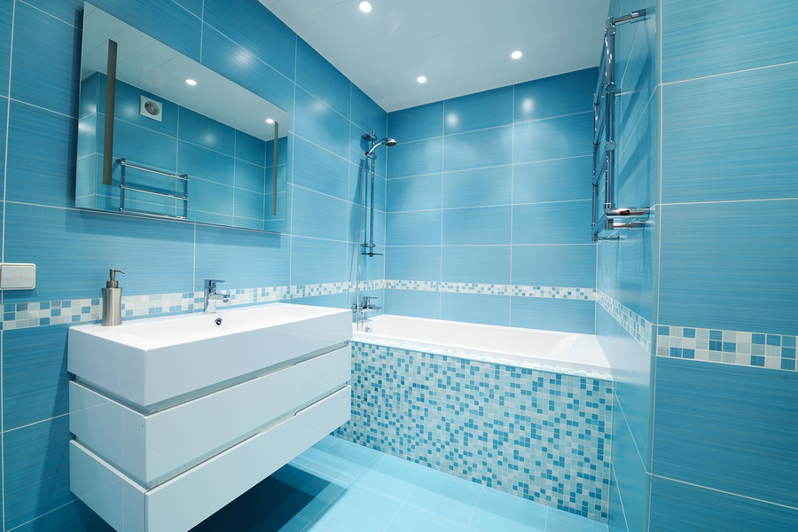 hurleys-bathrooms-Modern-luxury-bathroom-blue